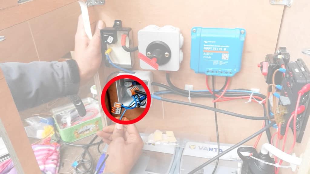 Installer l'électricité dans son fourgon