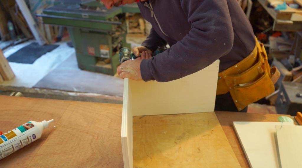 Construction tiroir fourgon