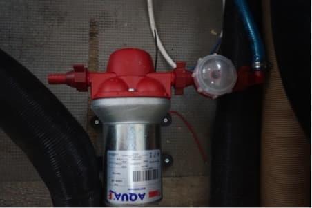 Pompe Aqua F circuit d'eau fourgon