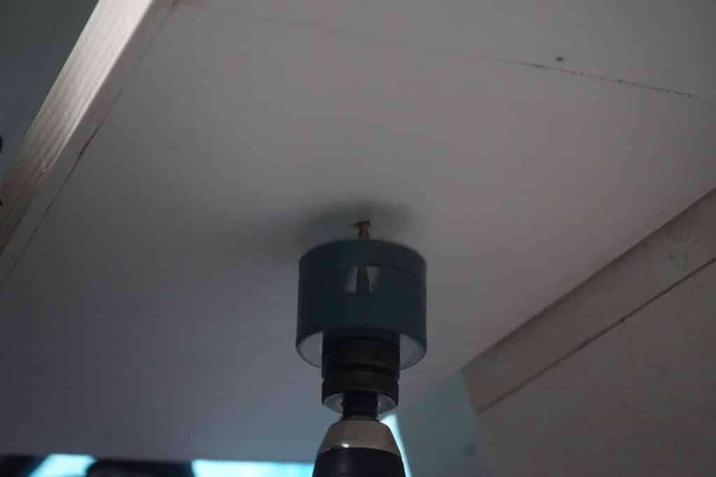 Trou scie cloche LED fourgon